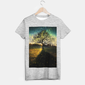 Miniaturka Magical fireflies dreamy landscape T-shirt regular, Live Heroes