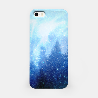 Miniature de image de The forest awakens from the mist iPhone Case, Live Heroes