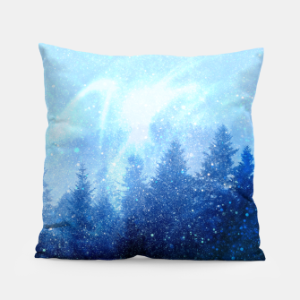 Miniature de image de The forest awakens from the mist Pillow, Live Heroes