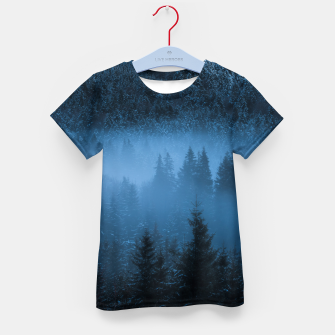 Thumbnail image of Magical fog over snowy spruce forest Kid's t-shirt, Live Heroes