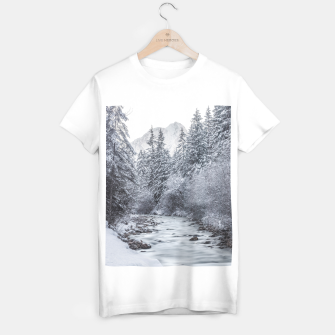 Miniature de image de River flowing through snowy winter forest Mojstrana, Slovenia T-shirt regular, Live Heroes