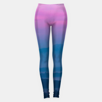 Imagen en miniatura de Bright clouds and moon at sunrise Leggings, Live Heroes