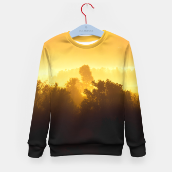 Imagen en miniatura de Sunrise behind foggy trees Kid's sweater, Live Heroes