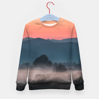 Imagen en miniatura de Foggy landscape at sunset Kid's sweater, Live Heroes