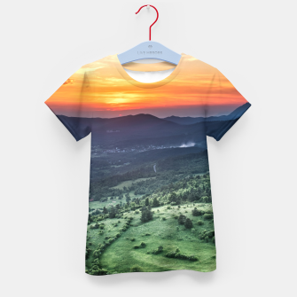 Thumbnail image of Beautiful sunset behind green fields Kid's t-shirt, Live Heroes