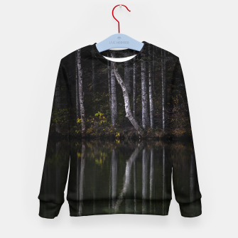Imagen en miniatura de White trees reflecting in lake Kid's sweater, Live Heroes