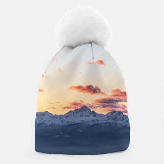 Imagen en miniatura de Bright orange clouds above Triglav, Slovenia Beanie, Live Heroes