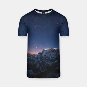 Thumbnail image of Starry sky above mountains  T-shirt, Live Heroes