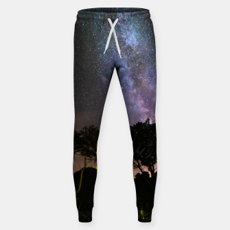 Imagen en miniatura de Trees landscape with milky way Sweatpants, Live Heroes