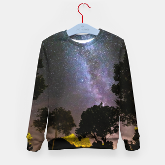 Imagen en miniatura de Trees landscape with milky way Kid's sweater, Live Heroes