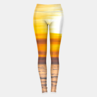 Miniaturka Stunning sunset above the clouds Leggings, Live Heroes