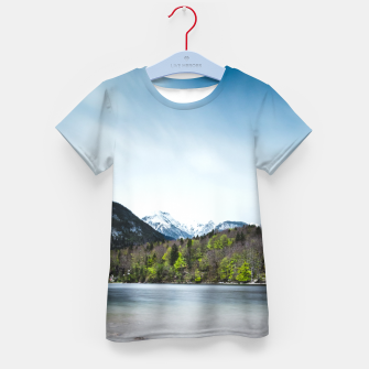 Imagen en miniatura de Lake Bohinj with Alps in Slovenia Kid's t-shirt, Live Heroes