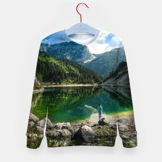 Miniatur Person at mountain lake Kid's sweater, Live Heroes