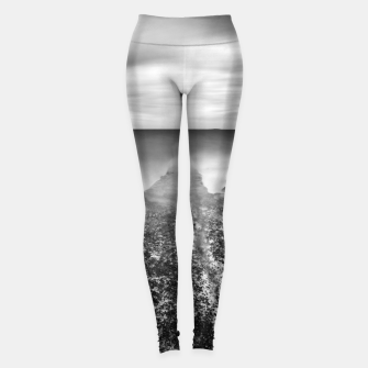Miniature de image de Disappearing pier in sea Leggings, Live Heroes