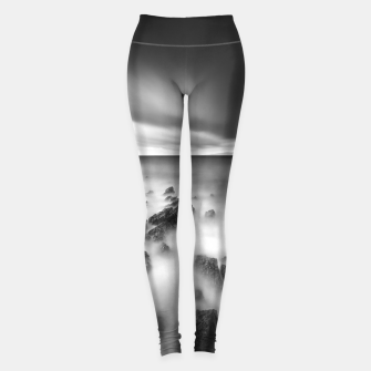 Miniature de image de Dramatic rocky shore Leggings, Live Heroes
