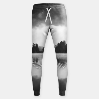Miniaturka Morning fog above the lake in black and white Sweatpants, Live Heroes