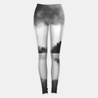 Miniature de image de Morning fog above the lake in black and white Leggings, Live Heroes