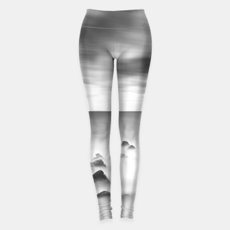Miniature de image de Rocky and milky sea Leggings, Live Heroes