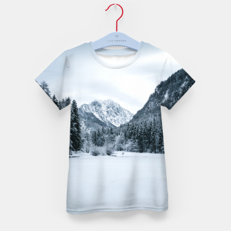 Imagen en miniatura de Mountains and frozen lake Zgornje Jezersko Kid's t-shirt, Live Heroes