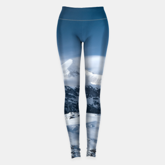 Miniature de image de Clouds rolling above snowy mountains Leggings, Live Heroes