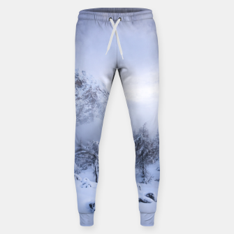 Miniaturka Winter wonderland, fog, spruce forest and mountains Sweatpants, Live Heroes