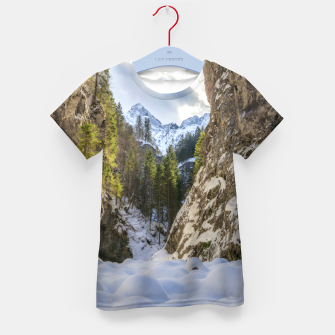 Miniaturka Winter and spring valley and mountains Kid's t-shirt, Live Heroes