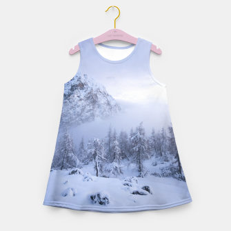 Miniatur Winter wonderland, fog, spruce forest and mountains Girl's summer dress, Live Heroes