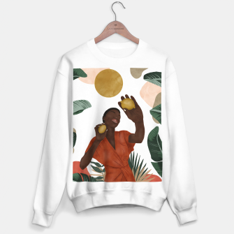 Woman with lemons Sudadera regular Bild der Miniatur
