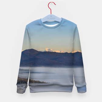 Imagen en miniatura de Majestic mountain Triglav with fog in valley Kid's sweater, Live Heroes