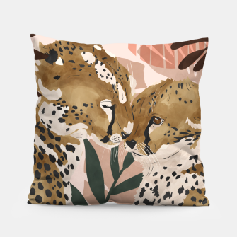 Thumbnail image of Cheetahs in love  Almohada, Live Heroes
