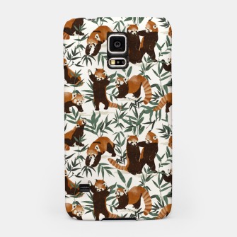 Thumbnail image of Little red pandas in nature Carcasa por Samsung, Live Heroes