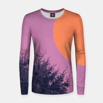 Miniatur Snowy pine tree and colorful background Women sweater, Live Heroes