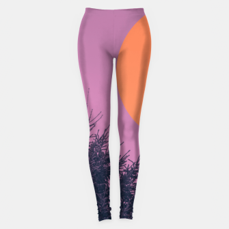 Miniatur Snowy pine tree and colorful background Leggings, Live Heroes