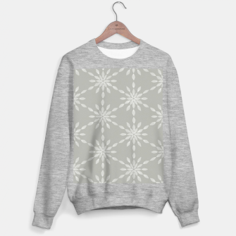 Geometric Watercolor Snowflakes and Flowers in Grey and White Sweater regular Bild der Miniatur