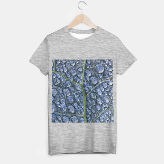 Thumbnail image of Cool water drops dew texture leaf T-shirt regular, Live Heroes