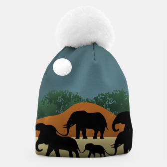 Miniatur Elephant Family Illustration Beanie, Live Heroes