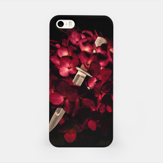 Miniaturka Love Deception Concept Artwork iPhone Case, Live Heroes