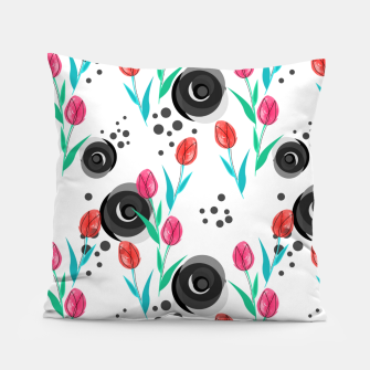 Imagen en miniatura de Abstract floral pattern tulips. cartoon floral spring summer light pattern cute Pillow, Live Heroes