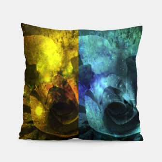 Miniatur Deux Roses - Yellow and Blue Sparkling Rose Pillow, Live Heroes