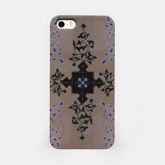 Miniaturka Ornamental Tiled Ceiling Geometric Pattern iPhone Case, Live Heroes