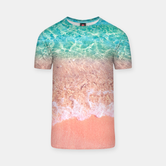 Imagen en miniatura de Dreamy seaside photography, water and sand in magical colors T-shirt, Live Heroes