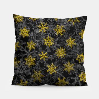 Miniatur Snowflake Winter Queen Ornate Snow Crystals Pattern Black Pillow, Live Heroes