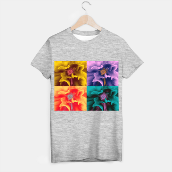 Thumbnail image of Blossoming rose collage, duotone effect T-shirt regular, Live Heroes