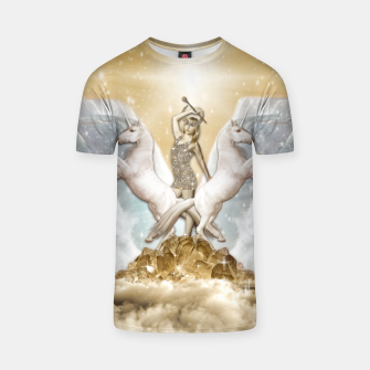 THE CHARIOT TAROT CARD Camiseta thumbnail image