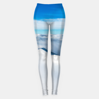 Imagen en miniatura de Snowy winter mounain wrapped in clouds Leggings, Live Heroes