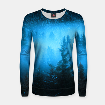 Magical fog in snowy spruce forest Women sweater Bild der Miniatur