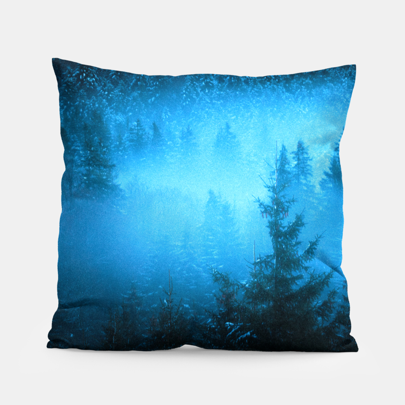 Foto Magical fog in snowy spruce forest Pillow - Live Heroes