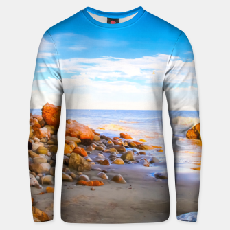 Miniatur sandy beach with blue cloudy sky in summer Unisex sweater, Live Heroes