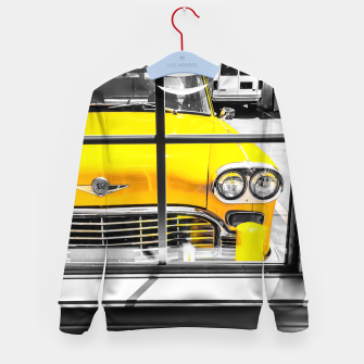 Thumbnail image of vintage yellow taxi car with black and white background Kid's sweater, Live Heroes