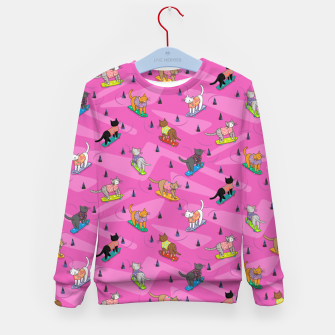 Thumbnail image of Skateboarding cats on the streets of Catsville in pink Kid's sweater, Live Heroes